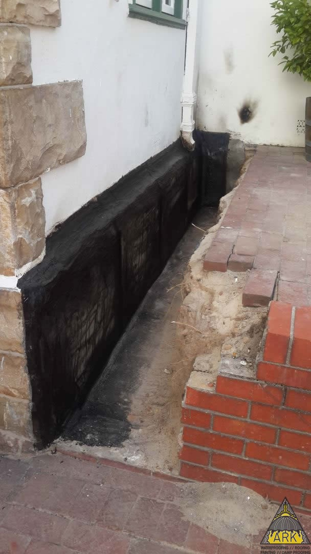 Damp Proofing/Waterproofing//Tanking